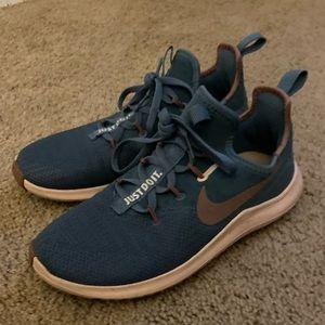 Nike shoes 7